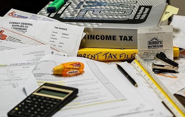 Przeniesienie praw autorskich a VAT – skutki podatkowe przeniesienia praw autorskich.