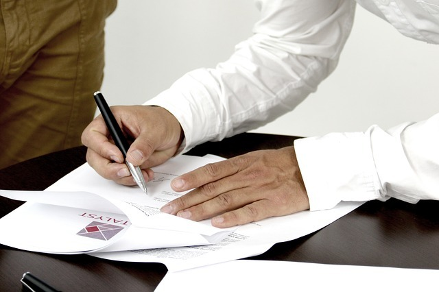Spółka partnerska – wady i zalety prowadzenia dział. gosp. w formie spółki partnerskiej